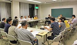 現在、大船渡では、共生地域創造財団が中心になり、2週間に一度集まって、約20の団体(地元以外からの支援団体、民生委員、地元支援団体等)のそれぞれの支援活動の取り組みを共有し、相談等を行っています。